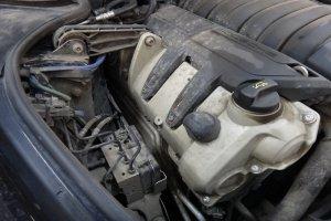 Porshe Panamera 4S двигатель до мойки