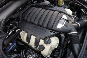 Porshe Panamera 4S двигатель после мойки