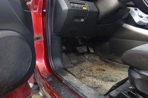 Mazda CX7 до химчистки салона